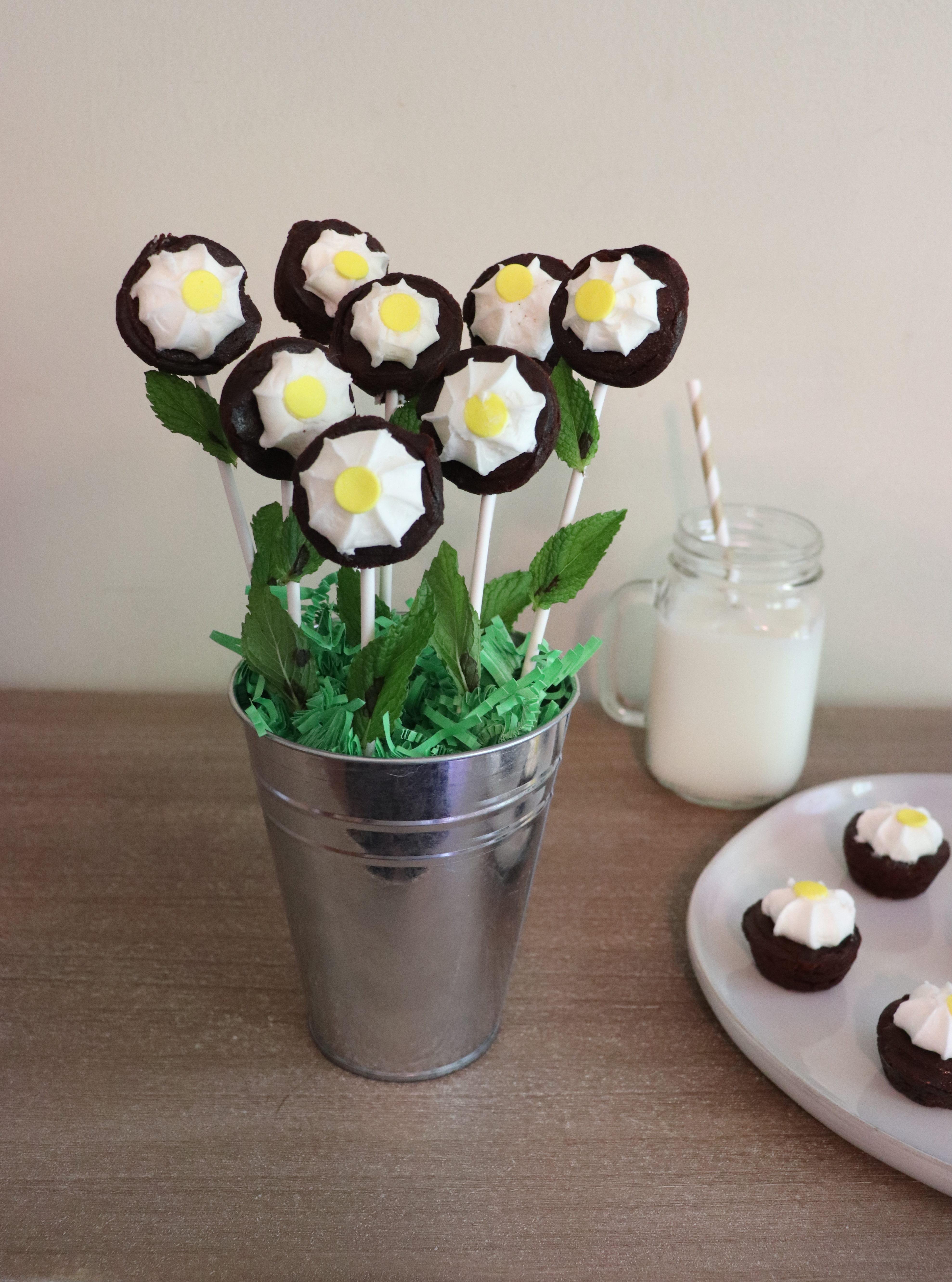 DIY Daisy Brownie Bouquet