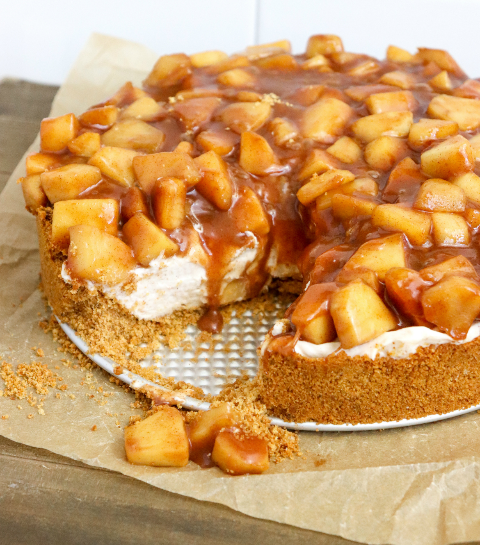 No-Bake Apple Pie Cheesecake